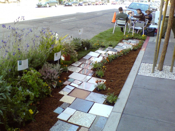 A Los Angeles parking spot transformed into a garden in 2011. Photo: Nick Barkas