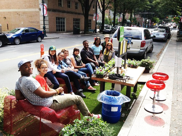 Will tactical urbanism find a home in charlotte plancharlotte a group enjoys a parklet for a day in front of discovery place on north tryon street photo courtesy completeblocks solutioingenieria Choice Image